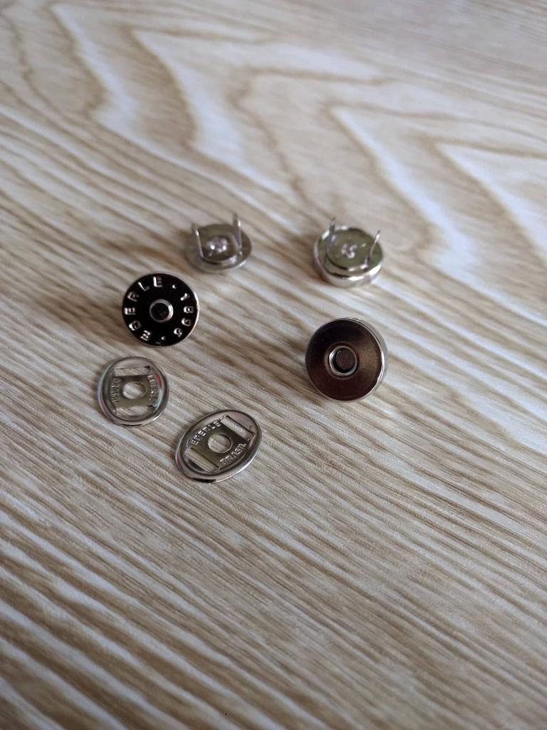Botão Magnético (Prateado) - Diâmetro de 12 mm -