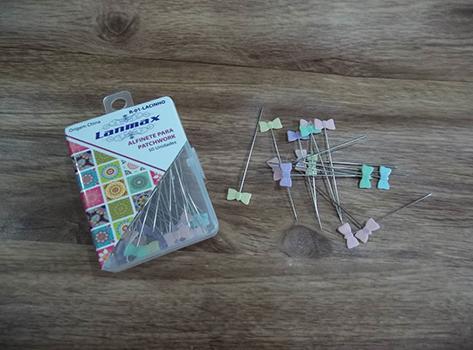 Alfinetes Coloridos Formato de Laço - 5 cm de Comprimento