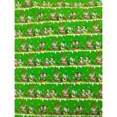 Tecido Tricoline Digital Mickey And Minnie Verde - Coleção Disney Natal - Preço de 50 cm x 150 cm